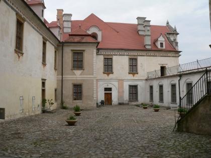 Starý hrad v Jevišovicích - nádvoří
